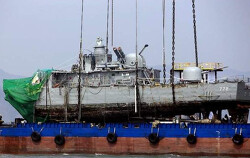 군 사망조사위 '천안함 재조사 진정' 각하, 북한군 탓하면 모두 편안하지