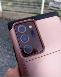 삼성 갤럭시 노트20, 카메라 내부 습기 발생으로 결함 논란