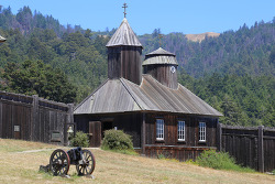 소노마카운티 포트로스(Fort Ross) 주립역사공원과 샴페인으로 유명한 코벨 와이너리(Korbel Winery)