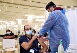 [의료] 코로나 백신 1차 접종을 받은 김에 되돌아 본 지난 1년간 UAE 내 코로나19 현황
