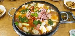 강남 맛집 소개- 푸짐한 건더기 부대찌개(송탄부대찌개)