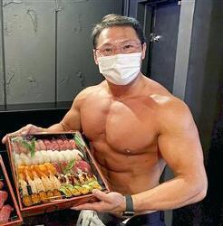 근육맨의 스시 배달..?