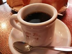 일본의 찐 레트로 카페에서 놀랐던 일.