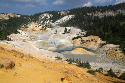 캘리포니아에 화산이 있다! 래슨볼캐닉(Lassen Volcanic) 국립공원 범패스헬(Bumpass Hell) 트레일