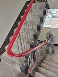 아파트 계단 난간 교체