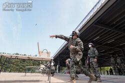 신병 1269기 1교육대 3주차 - 수튜탄투척 및 격투봉 훈련 등
