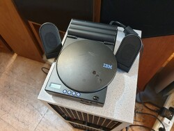 보기드믈게 작동잘되는 IBM초기모델 1969-009 외장CD롬&워크맨플레이어