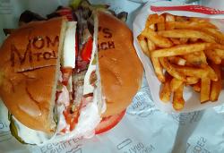 맘스터치 리얼비프버거세트 9500원 단품 7500원 차가운 햄버거 망작 ▶ 해마로푸드서비스 재무제표 이병윤 대표