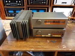 영국 QUAD 쿼드 베스트셀러 33 프리엠프와 303 파워 FM3 튜너 조합입니다