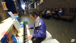 [영상] 달려라 피아노로 '보헤미안 랩소디' 연주하기 (KT&G 상상마당 춘천)