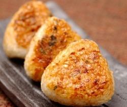 구운 주먹밥 - 야키오니기리