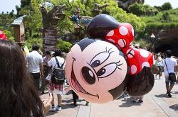 디즈니랜드도, 다이소도 일본이 제일 싼 이유는?