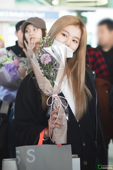 [2019.04.07] 인천공항 입국 트와이스 사나