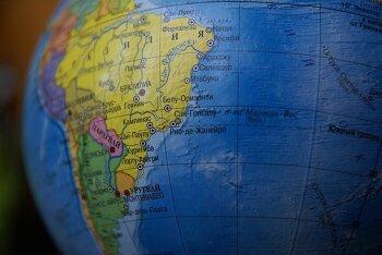 남미로 가는  해운비 비상 - 컨테이너, 배 못 구해, 해운비 컨테이너당 8000달러 가까이 치솟아
