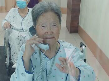 [죽풍의 시] 요양병원에 계시는 어머니 면회 후 쓰는 자작 시, 어머니