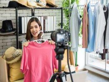 [살림피는 생활정보] 요즘, 쇼핑 어떻게 하세요? 오프라인보다 더 생생한 라이브 커머스!