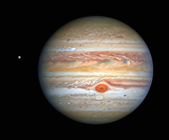 Hubble's Crisp New Image of Jupiter and Europa