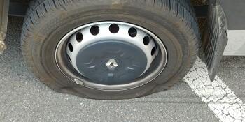 타이어 펑크 관련
