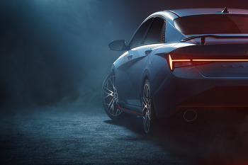 현대 아반떼 N 디자인 티저 공개  - 또 다른 N 출격 준비.
