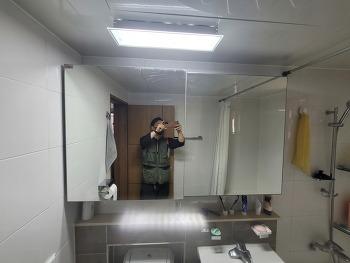 욕실수납장 거울교체, 슬라이드장 거울, 수건장거울. 봉천동 서울대입구역, 여의도 유리가게 대일유리 02-780-0275