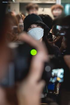 [2019.09.08] 아이유 인천공항 입국사진 Part. 1