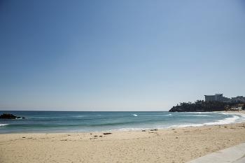 동해안 나들이 - 추암 촛대바위, 투썸 플레이스 어달 해변점