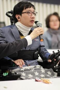 *시립서울장애인종합복지관·서울시동남보조기기센터, 서른여섯 번째 이야기 공개… IT보조기기 통해 세상과 소통하다