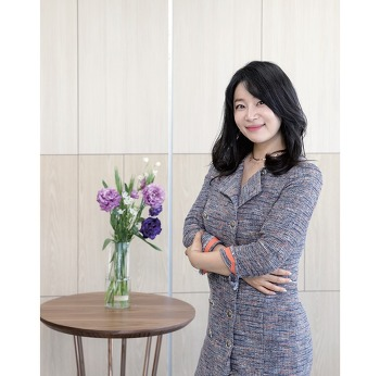 [ZOOM 人] 한국비즈니스협회 김주하 대표
