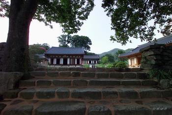 전북 김제 모악산 귀신사