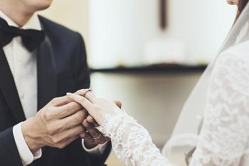 스포츠 스타와 결혼한 연예인들은 누가 있을까?
