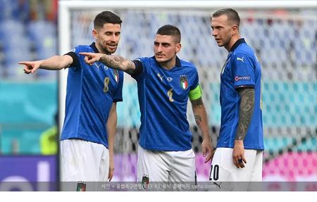 이탈리아, 웨일스마저 꺾고 전승으로 16강행