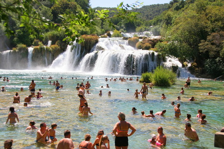 크로아티아 - 크르카 국립공원 여행의 백미는 폭포욕