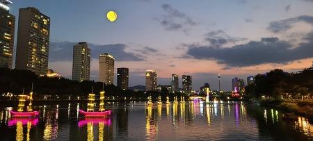 석촌호수 빛축제, 대백제전 빛축제(~10월 20일까지)