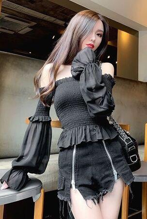Girl's Fashion 126