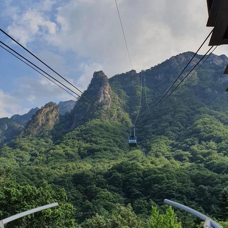 강원도 속초 여행 설악산 케이블카를 타고 자연의 아름다움을 느끼다.