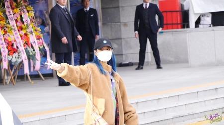 [2019.11.23]Love,poem 서울 아이유 출근길 직캠 by holyarrow