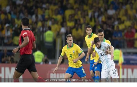 브라질-페루, 코파 결승에서 격돌