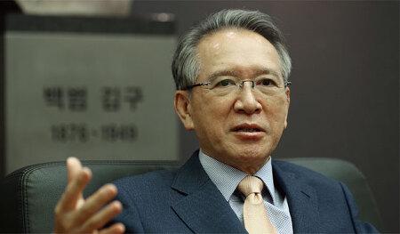 [2019-10 월간 조선]공직 시절의 자료·선물 기증한 金炯旿 전 국회의장