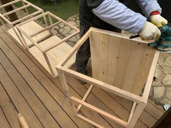 강아지 원목 침대 (간이 개집?) 만들기