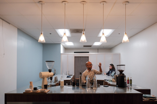 [LA 커피기행] 인텔리젠시아(Intelligentia), 엔돌핀(Endorffeine)