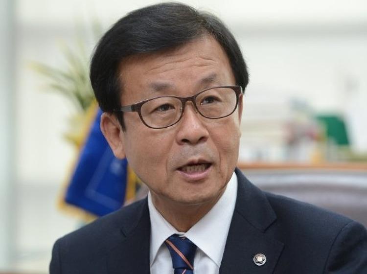 [여의도 해우소]원혜영 더불어민주당 의원, 입..