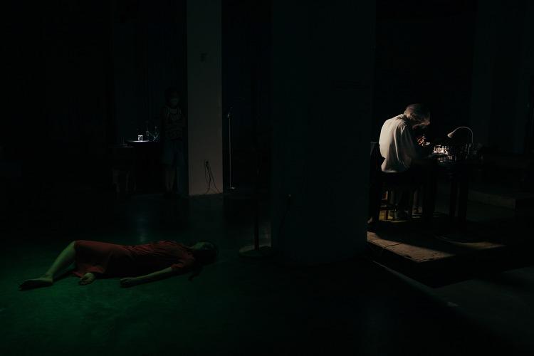 [리뷰] '콜렉티브-되기'와 '계속 말하기'..