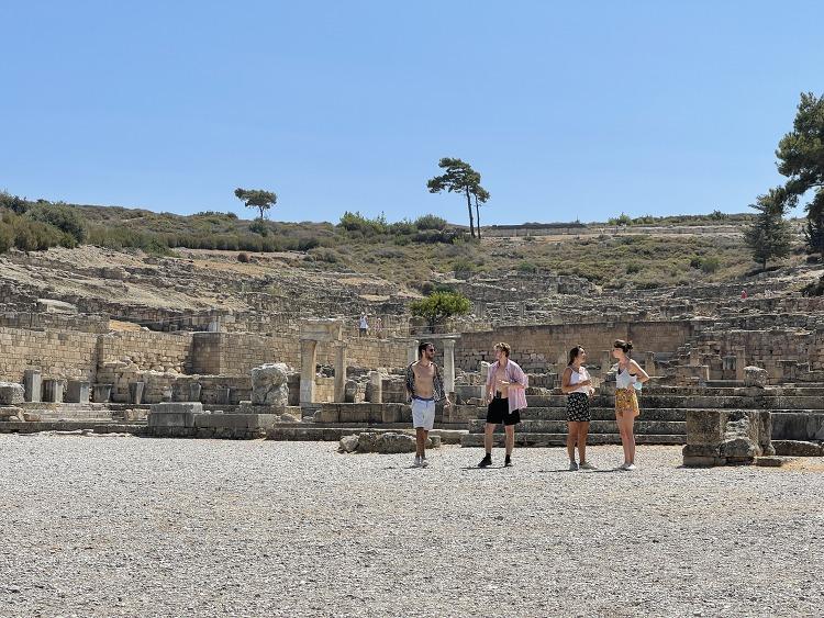 그리스 로도스 카미로스 햇살에 드러난 3000년..