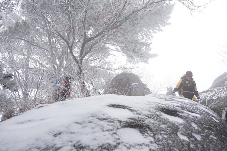 [토요산행] 눈내리는 도봉산 191207