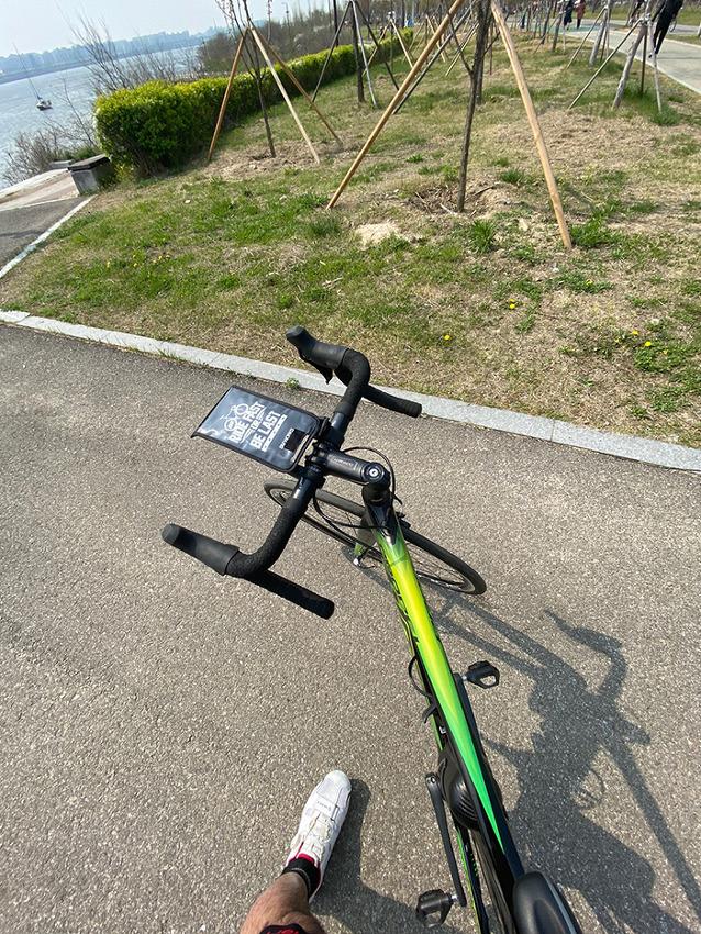 공간 여유가 없을 때 안성맞춤인 자전거 정비대 추천