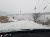 역시 눈오는 날은 힘들어...