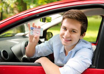 운전은 성인만 가능? 14세에 운전하는 나라도 있다