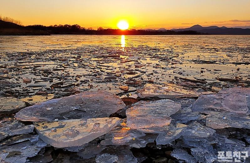 [포토친구] 사문진 강가의 겨울