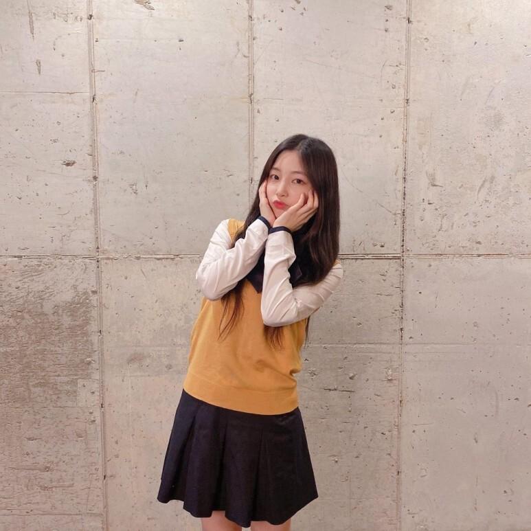 로켓펀치 연희 서공예 교복