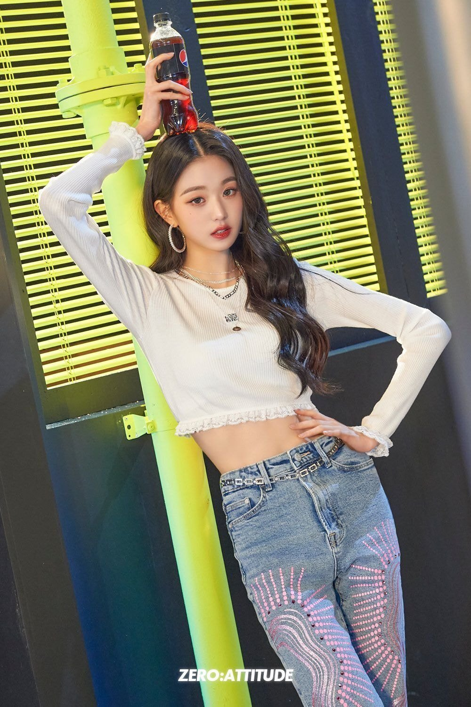 아이즈원 장원영 3년의 시간 - 꾸르